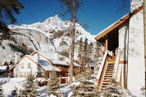 banff mountain retreat cabin